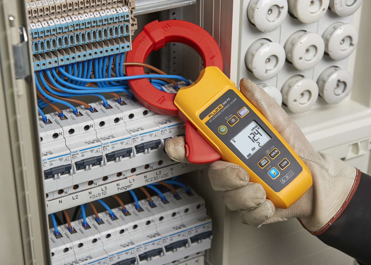 - Leakage Current Clamp Meter 60MM Jaw – 60A / FC