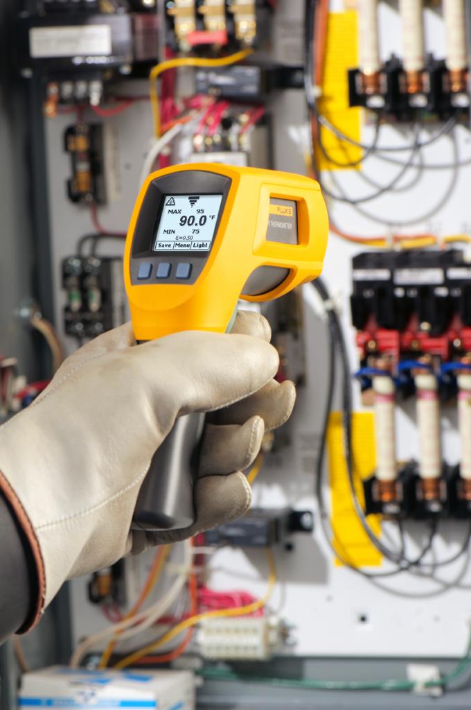 FLUKE 568 - Multipurpose Infrared Meter 50:1, -40°C to 800°C