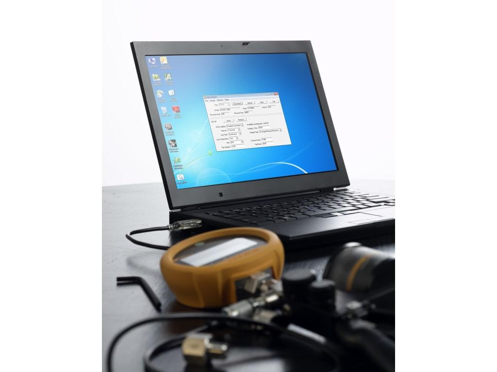 Fluke_700RG Series - Pressure Gauge; Reference; 6.9 bar