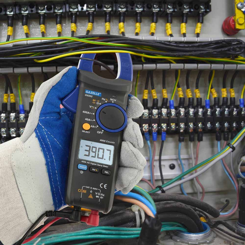 - 600A True RMS Digital Clamp Meter