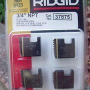 RIDGID 37875 - Pipe Die Set HSS Npt – 3/4inch