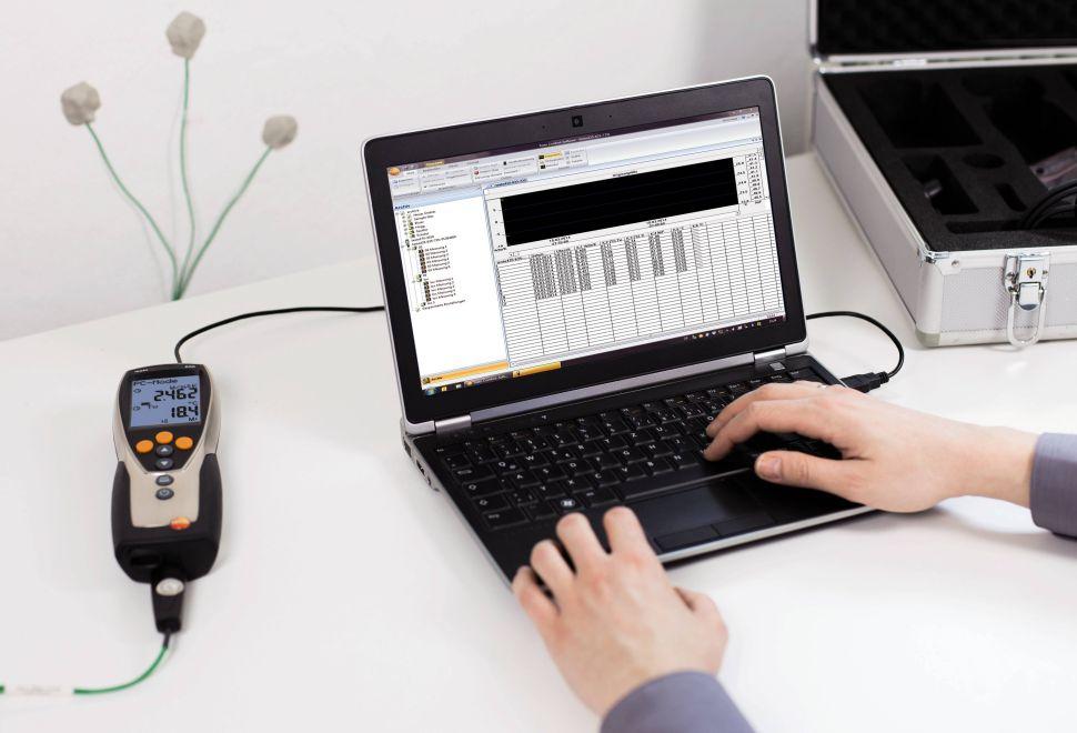 TST-635-2 B - U-value promo set – thermohygrometer set