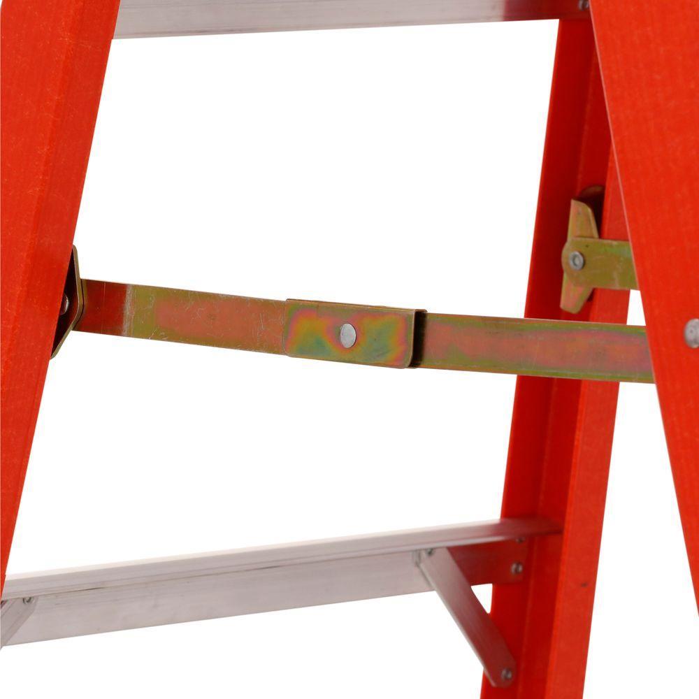 Werner_6206_Fiberglass Ladder 1 - 6FT HD Fiberglass Ladder